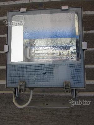 Lampade proiettore 400w per interni e esterni usat