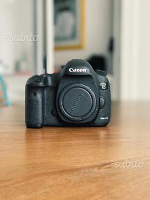 Macchina fotografica Canon 5D mark III