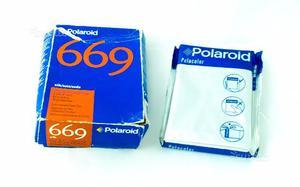 Polacolor 669