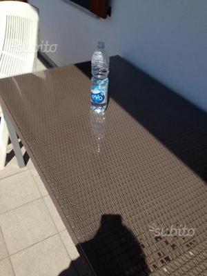 Betonelle da giardino o parcheggio posot class - Tavolo da terrazzo ...