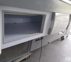 vetrina refrigerata per minimarket usato con motore a bordo