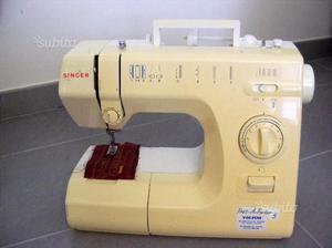 Macchina da cucire due e tre aghi punto di posot class for Tavolo macchina da cucire singer