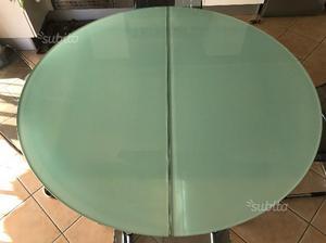 Tavolo da cucina e sedie