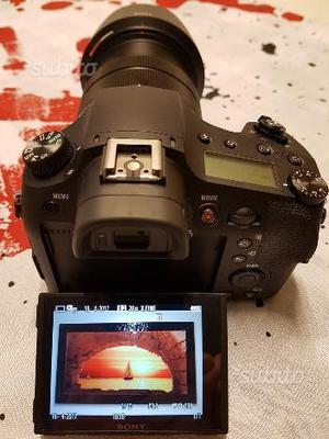 Fotocamera Bridge Sony RX10 M3 come NUOVA