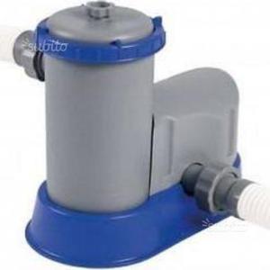 Pompa ricircolo e filtraggio acqua piscina posot class for Pompa per piscina