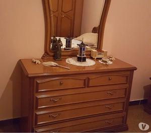Vendesi camera da letto stile classico posot class - Camera da letto stile classico ...
