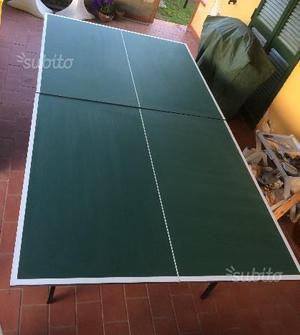 Tavolo da ping pong con ruote
