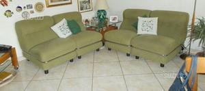 Coppia di divani in tessuto