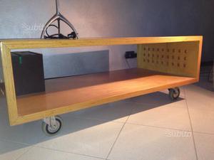 Mobili legno in frassino posot class for Mobile con ruote