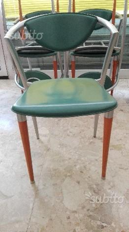 N° 5 sedie belle in alluminio, legno e finta pelle