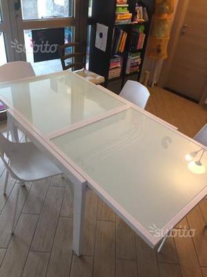 Tavolo vetro + 4 sedie