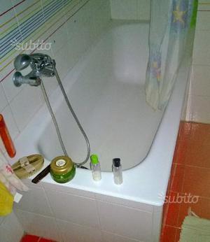 Vasca da bagno tradizionale con piedini di posot class - Vasca da bagno usata ...