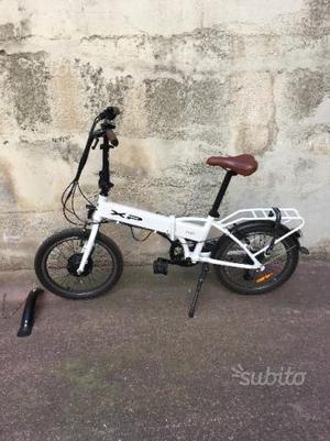 Bici elettrica greenspark 36v litio posot class for Bici pieghevole elettrica usata