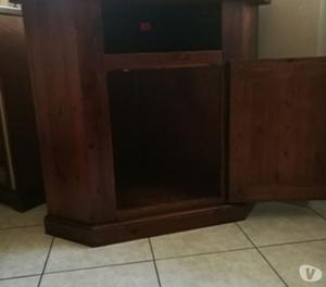 Porta tv con ruote angolare piani in vetro posot class - Porta tv angolare ...