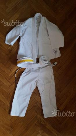 Judogi PARI AL NUOVO taglia 110 cm + 2 CINTURE