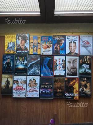 Videocassette VHS originali di vari film