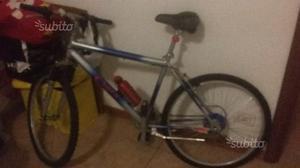 Bicicletta Mountain Bike mai usata
