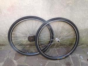 Ruote bici da 28 con copertoni