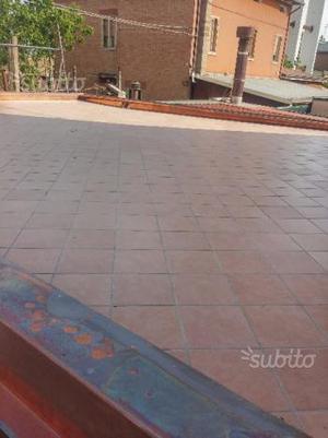 Piastrelle in cemento antisdrucciolo per esterni posot class - Stock piastrelle fallimenti ...