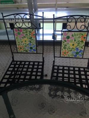 C08 - Tavolo da giardino NUOVO con due sedie abbi