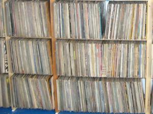 Compro dischi in vinile 33 e 45