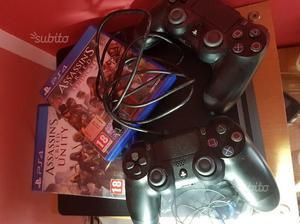 Playstation 4 da 1 Terabite, 5 mesi di vita+access