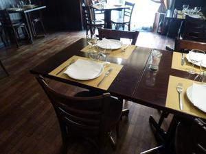 tavoli in legno per ristorante/bar