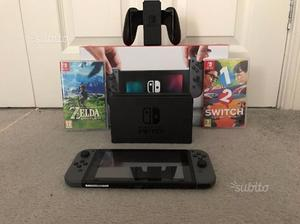 Nintendo switch con 2 giochi