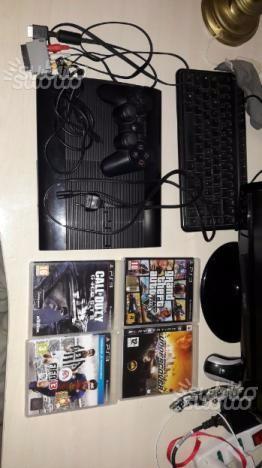 Playstation 3 ultraslim 500gb+ 4 giochi