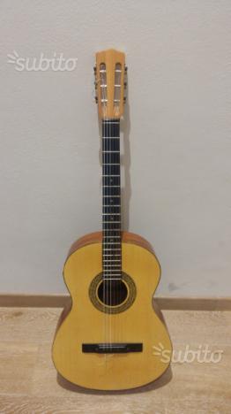 Chitarra classica melody guitars 325 come nuova