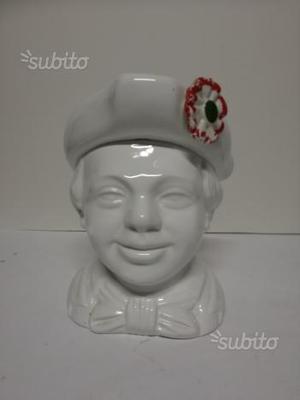 Caffarel gianduiotti statua ceramica