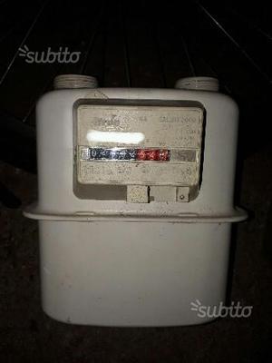 Cassetta per contatore del gas posot class for Taroccare contatore gas metano