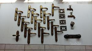 Lotto 25 utensili in ottone vintage