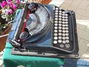 Macchina scrivere epoca Olivetti Ico blu anni '30