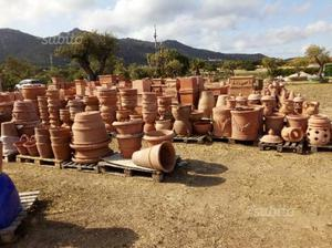 Vasi e anfore terracotta posot class for Anfore terracotta da giardino