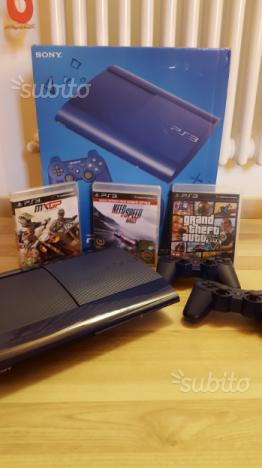 Ps3 ultra slim (blue) 500gb + 2 controller