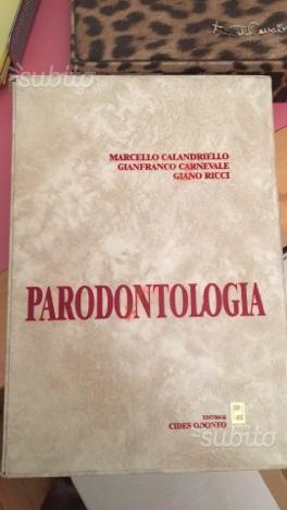 Libro universitario di parodontologia
