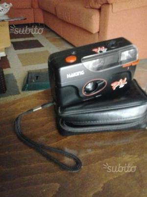 2 macchine fotografiche da rullino Kodak e Haking