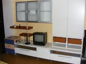 Sala parete soggiorno marrone e bianca lucida nuov  Posot Class