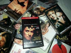 STOCK DI VECCHI FILMS in cassetta VHS