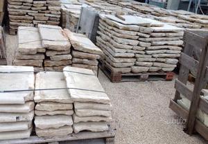 Pavimenti antichi in pietra di recupero posot class - Scale per esterni in pietra ...