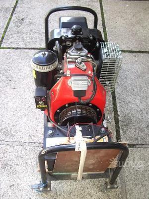 Generatore di corrente diesel 6 3kw diesel posot class for Generatore di corrente diesel usato
