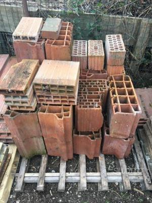 Regalo materiale edile