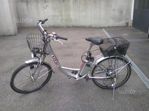 Bicicletta unisex elettrica