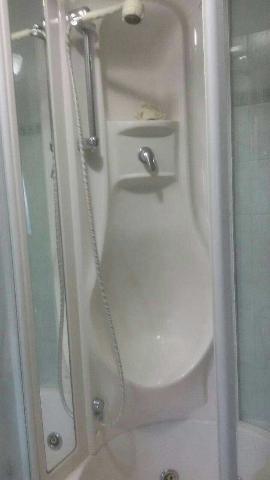 Combinato idromassaggio vasca doccia asti posot class - Combinato vasca doccia ...