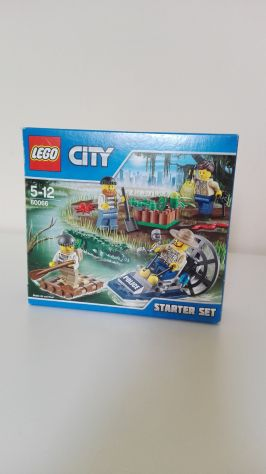 Vendo LEGO City Police  Starter Set Polizia