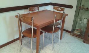 tavolo in legno allungabile fino a 8 posti completto di