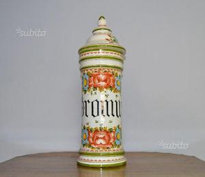 Grande vaso da farmacia in terracotta bianca