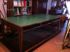Tavolo da lavoro 240x160 cm tipo sartoria posot class for Tavolo da studio
