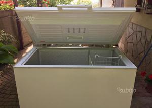 Freezer INDESIT GCO 290